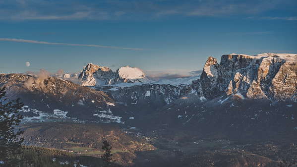Moon rise in the dolomites