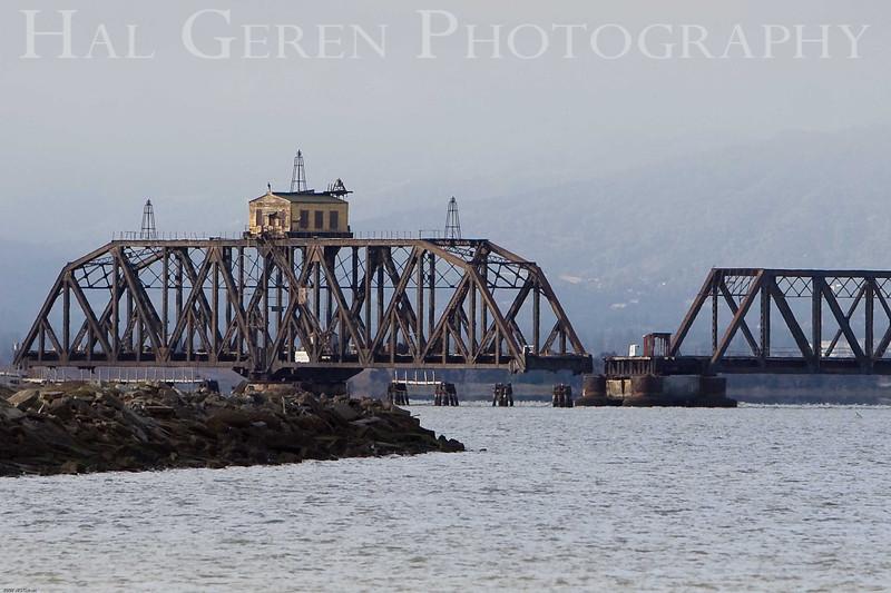 Dumbarton Railroad Bridge<br /> Don Edwards Wildlife Refuge, Fremont, California<br /> 0708R-D1