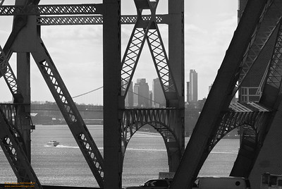 59th Street Bridge in B&W