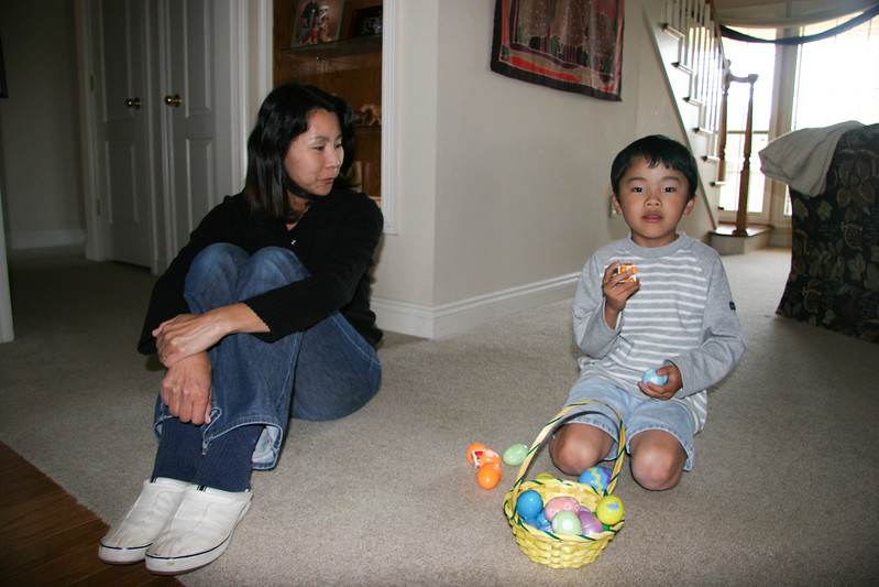 Easter Egg hunt for Shoko's friends from Tokusen - April 7, 2007