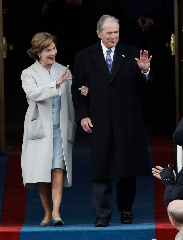 . Former President George W. Bush and his wife Laura arrive for the 58th Presidential Inauguration at the U.S. Capitol for President-elect Donald Trump in Washington, Friday, Jan. 20, 2017. (AP Photo/Patrick Semansky)