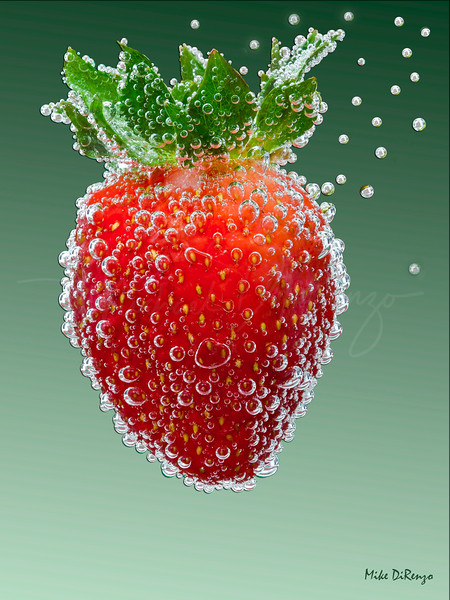Strawberry Mean Green  8000   w14