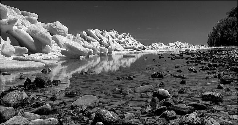Ice Shoves at Porcupine Bay