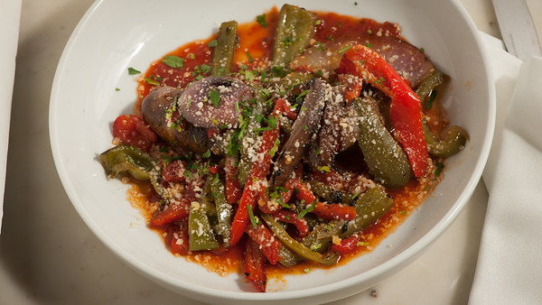 Allora-Sausage&Peppers-2108