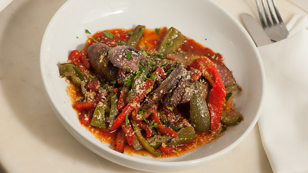 Allora-Sausage&Peppers-2115