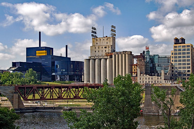 Guthrie Theater and Mill City Museum