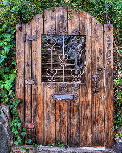 hollywood-hills-door-1-2