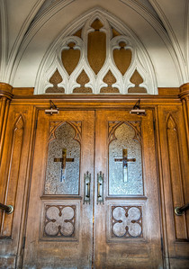 wooden-church-doors-1