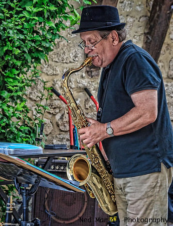 Saxophonist at the Issegeac market in France