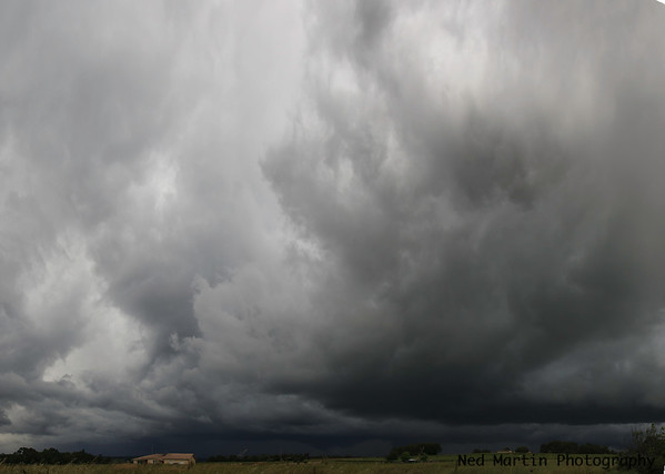Storm approaching Saussignac