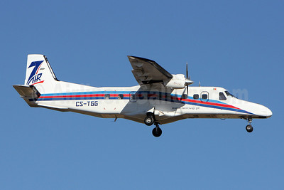 7 Air Group - Aero VIP (Portugal) Dornier 228-202 CS-TGG (msn 8160) LIS (Pedro Baptista). Image: 908757.