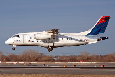 Delta Connection - ACA - Atlantic Coast Airlines Fairchild-Dornier 328-310 (328JET) N429FJ (msn 3194) JFK (Fred Freketic). Image: 950005.