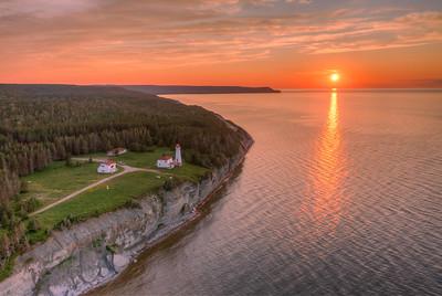 Le phare de la Pointe Carleton, rive nord de l'île Anticosti, le 20 juillet 2021