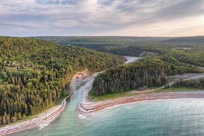 L'embouchure de la rivière Patate, rive nord de l'île Anticosti, 20 juillet 2021