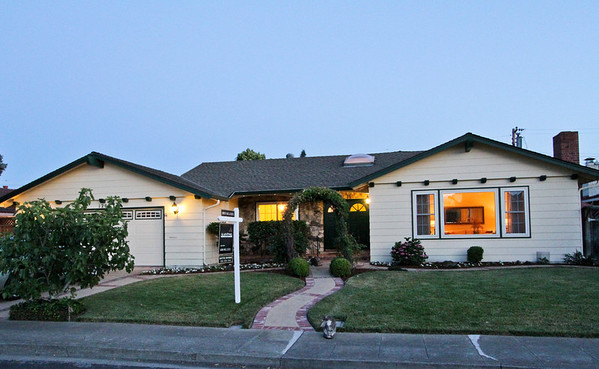 1205 Awalt Dr, Mountain View