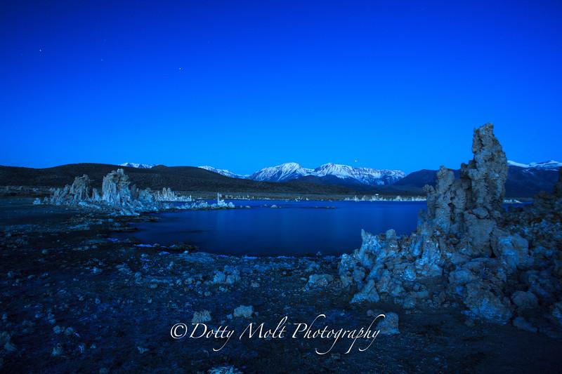 Mono Lake at Dawn Tufas