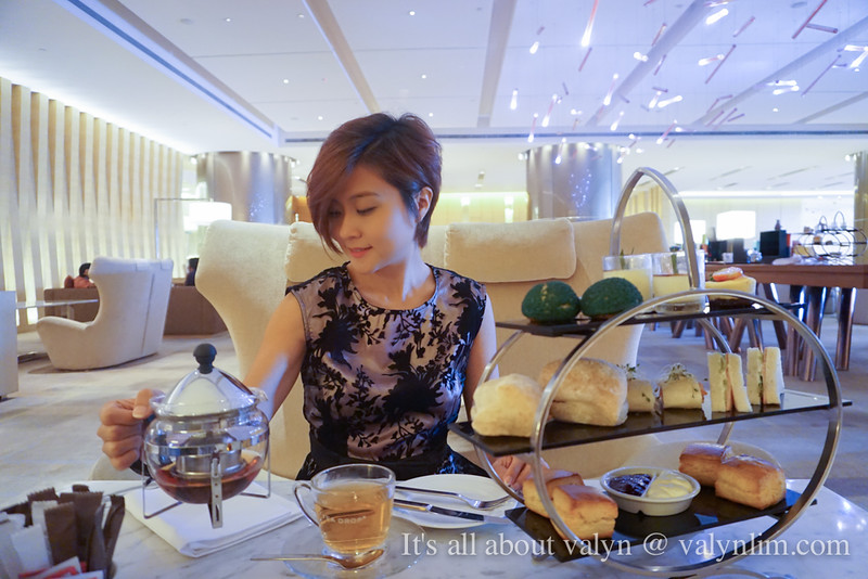 装贵妇的下午茶 Afternoon Tea @Axis Lounge DoubleTree