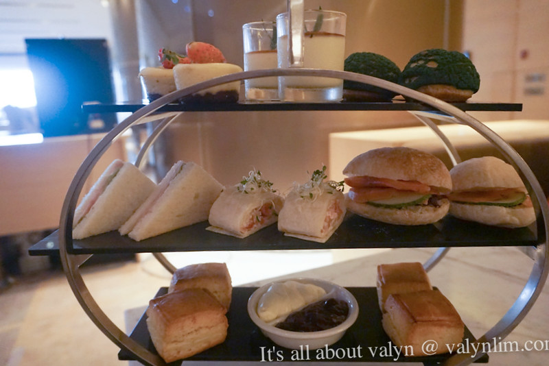 装贵妇的下午茶 Afternoon Tea @Axis Lounge DoubleTree