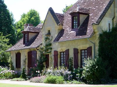 Jardin Apremont sur Allier 08 C-Mouton