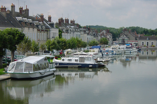 Briare (45) Port de plaisance 04 Y-Wemaere