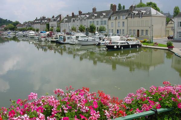 Briare (45) Port de plaisance 06 Y-Wemaere