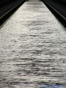 Pont-Canal 405 C-Mouton