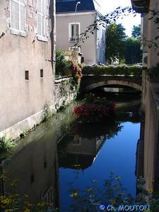 Montargis ville 12 C-Mouton