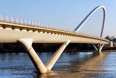 Orleans - Pont de l'Europe 8 C-Mouton
