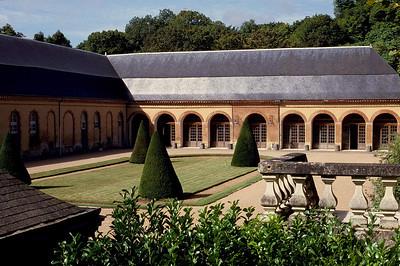 Chateau de Bouges 1 C-Mouton