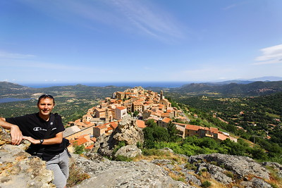 Au dessus de Speloncato (Corse)
