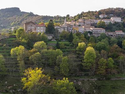 Le village de Saint-Pierreville