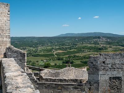 La campagne du Luberon vue du château de Lacoste