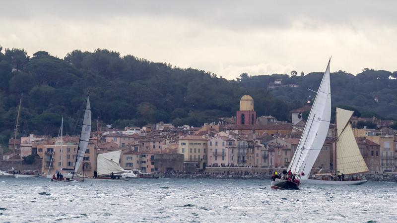 Retour vers le port de Saint-Tropez