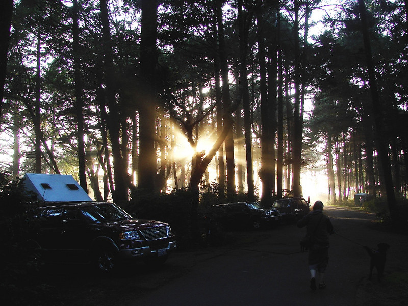 Kalaloch Campground, WA - Quick, head for the beach, it looks like we are in for a great sunset!