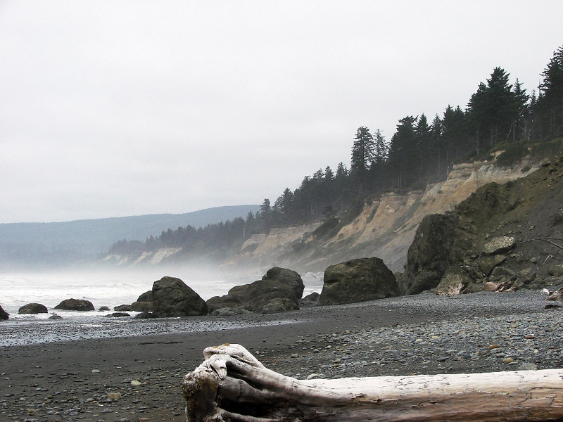 Ruby Beach, near Kalaloch, WA - looking north. I can feel my whole body changes and relaxes when I stand on this beach and look at the view.