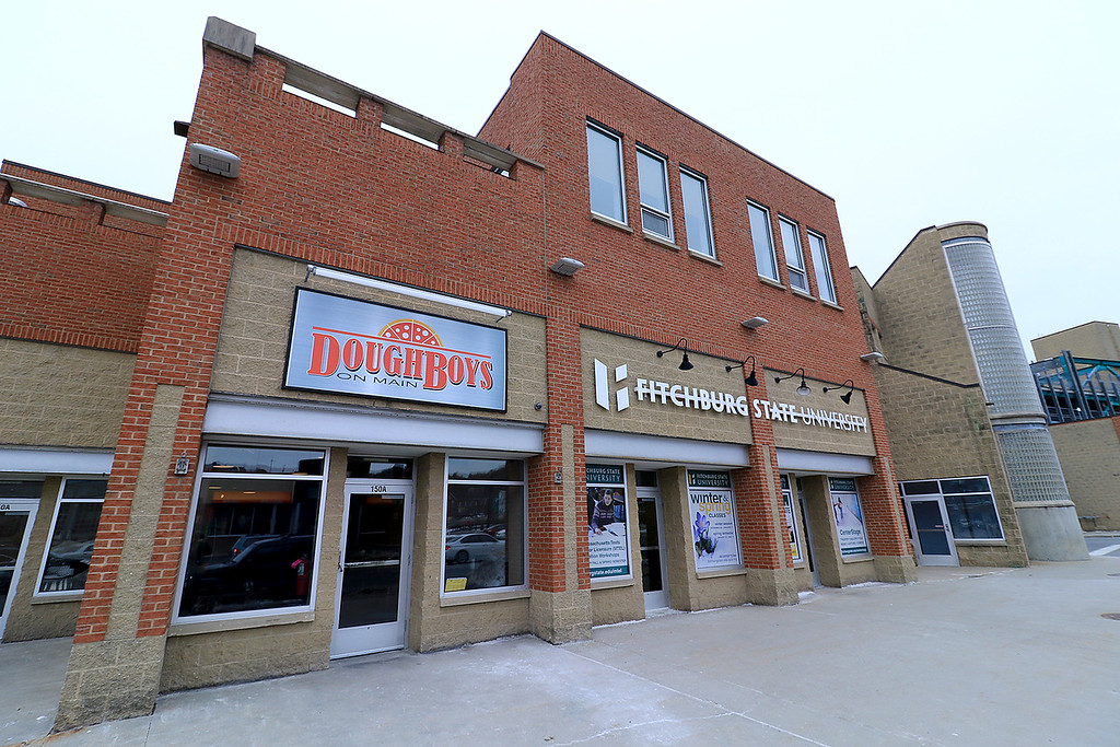 . The new Fitchburg Pizza restaurant DoughBoys on Main will be officially open on Wednesday morning, January 29, 2019. On Tuesday they were making few pizza as tests. SENTINEL & ENTERPRISE/JOHN LOVE