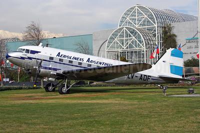 Aerolineas Argentinas Douglas C-47A-90-DL (DC-3) LV-ADF (msn 19443) (Museo Nacional Aeronautico y del Espacio - Buenos Aires) (Alvaro Romero). Image: 900619.