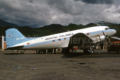 Aerotal Colombia Douglas C-47A-DL (DC-3) HK-1393 (msn 19053) VVC (Christian Volpati). Image: 930205.