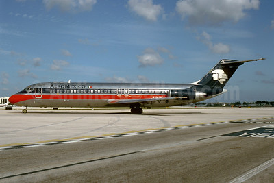 AeroMexico McDonnell Douglas DC-9-32 N1003P (msn 48150) MIA (Bruce Drum). Image: 103531.