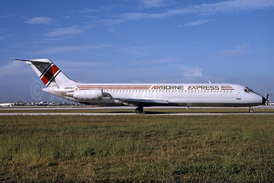 Airborne Express McDonnell Douglas DC-9-41 (F) N954AX (msn 47612) MIA (Bruce Drum). Image: 103608.