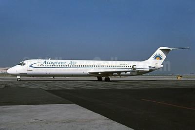 Allegiant Air DC-9-41 N410EA (msn 47731) LGB (Stephen Tornblom). Image: 908934.
