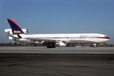 Delta Air Lines McDonnell Douglas MD-11 N803DE (msn 48474) LAX (Roy Lock). Image: 907579.