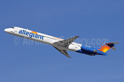 Allegiant Air McDonnell Douglas DC-9-82 (MD-82) N423NV (msn 53008) (Travel is our deal) LAX (Michael B. Ing). Image: 908093.