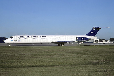 Aerolineas Argentinas McDonnell Douglas DC-9-83 (MD-83) LV-VAG (msn 53117) AEP (Christian Volpati). Image: 945454.