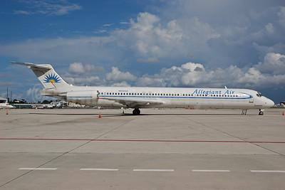 Allegiant Air McDonnell Douglas DC-9-83 (MD-83) N862GA (msn 49556) MIA (Bruce Drum). Image: 100498.