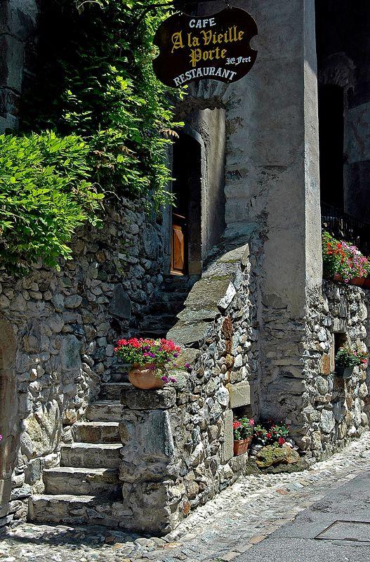 A la Vieille Porte <br> Yvoire, France