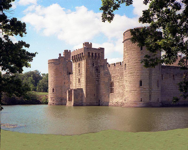 Leeds Castle <br> Maidstone, Kent