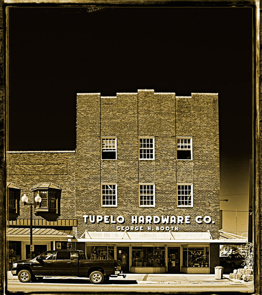 Tupelo Hardware Co.