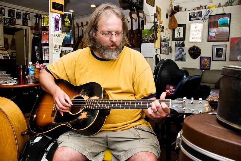The Guitarist, #1