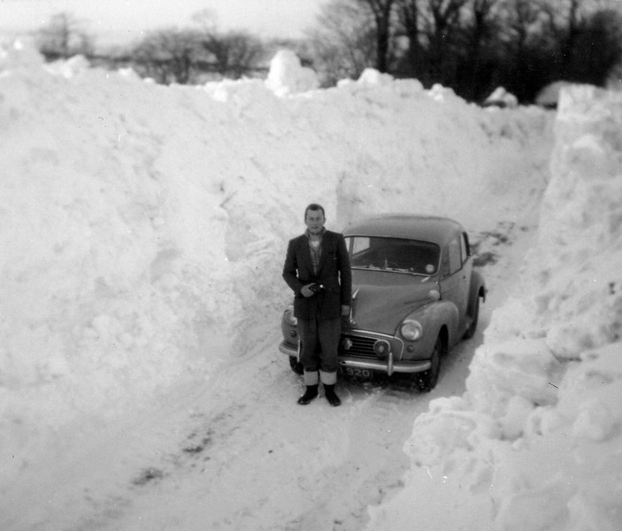 Brian Pike's own historic photos of the Winter 1962-3 freeze  This was the height of the snow at Farm Road Doulting